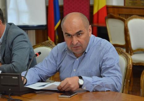 Apelul bolnavilor: Bolojan a luat la verificat concediile medicale din Primăria Oradea