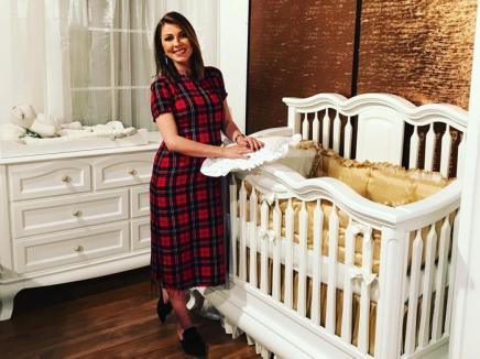 1 iunie special pentru Ilinca Vandici: A ales pătuţul pentru bebeluşul ei