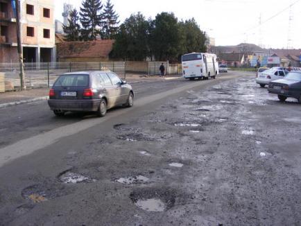 The Guardian: Bucureştiul, un Paris scuipat, iar autostrăzile din România, nişte vampiri