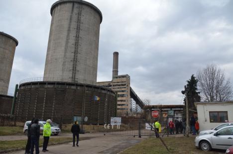 Demolarea prin implozie a turnului de răcire al fostului CET II, amânată: firma din Hunedoara nu a putut prezenta o asigurare