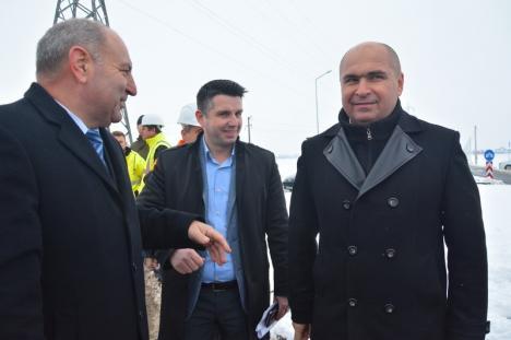 Drumul nou dintre Oradea şi Sântandrei, deschis circulaţiei. Cei doi primari au anunţat noi investiţii în traficul dintre cele două localităţi (FOTO/VIDEO)