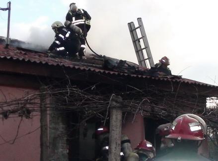 Patru incendii în trei zile, toate provocate de coşurile de fum necurăţate