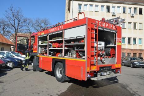 Incendiu pe strada Republicii: Un orădean a murit intoxicat cu fum (FOTO)