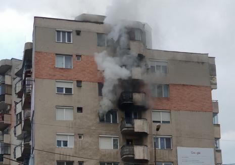 ISU Crişana: Cauza incendiului de pe Decebal - un televizor, iar pe Ion Bogdan – o lumânare
