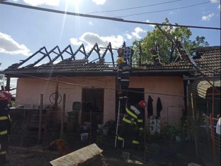 Incendii devastatoare în două bucătării ale unor case din Diosig şi Vintere