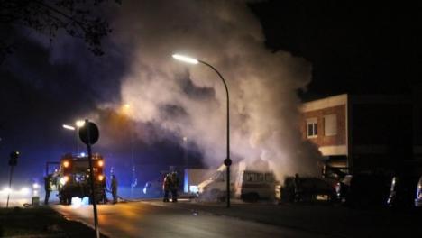O clădire în care locuiesc români şi moldoveni, incendiată intenţionat în Germania