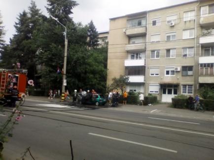 Maşină făcută scrum, pe strada Transilvaniei (FOTO)
