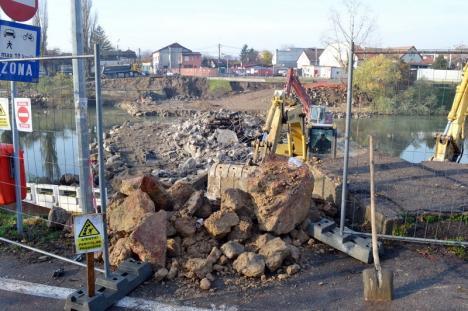 Strada Emilian Chitul se închide din cauza lucrărilor la podul Centenarului