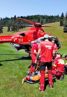 Un turist a făcut infarct în Padiș. A fost preluat de elicopterul SMURD