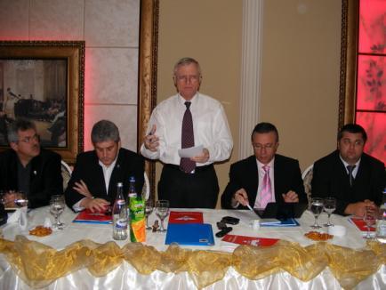 Şefii UNPR: Curtea Constituţională 'a confirmat rezervele noastre', dar UNPR va sprijini Guvernul