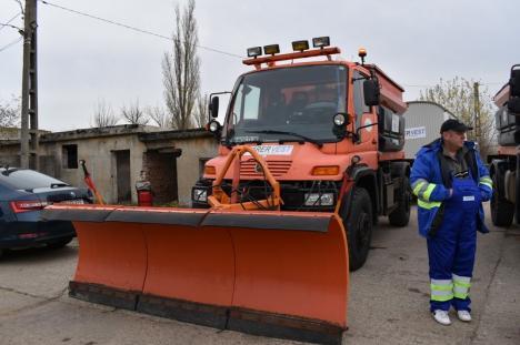 Iarna poate să vină! Operatorul RER Vest, pregătit să deszăpezească străzile din Oradea (FOTO / VIDEO)