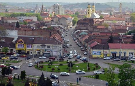 Avarie la Electrica: Un sfert din Oradea a rămas fără curent, din cauza muncitorilor care lucrează la sistemul de la termoficare