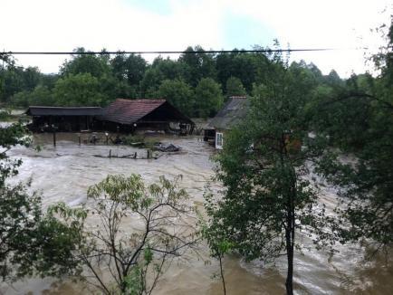 Viituri cu niveluri record în Bihor! Întrunire de urgenţă la Prefectură în această noapte