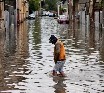 Se menţine codul galben de inundaţii pe Crişuri şi Barcău