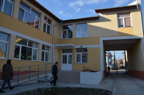 Exemplul Tinca: Satul din Bihor cu o grădiniţă 'ca la oraş' şi o staţie de epurare modernă (FOTO)