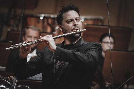 Filarmonica Oradea încheie stagiunea cu solistul Matei Ioachimescu