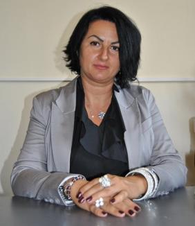 Demisie la IŞJ Bihor: Profesoara Ioana Codrean s-a reîntors la catedră