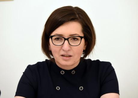 Ministrul Sănătăţii, Ioana Mihăilă, îl acuză pe Cîţu că ignoră de luni de zile că sistemul sanitar a ajuns la fundul sacului cu bani