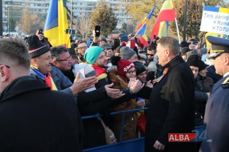 Marea Adunare Naţională a fost reconstituită la Alba Iulia. Klaus Iohannis, aplaudat şi ovaţionat de mulţime (FOTO/VIDEO)