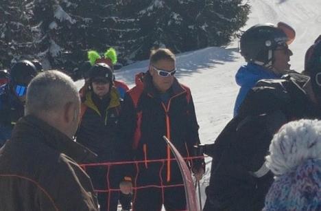 Iohannis, din nou la schi în Munţii Şureanu