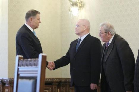 Iohannis cere PSD-ului alte propuneri de miniştri. Nicolicea & Co nu sunt pregătiţi şi nu au ţinuta necesară