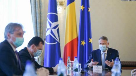 """Iohannis anunță măsuri de relaxare, după 15 mai. Critici aduse șefului Institutului Matei Balș din cauza unei declarații """"aberante"""" privind vârstnicii"""