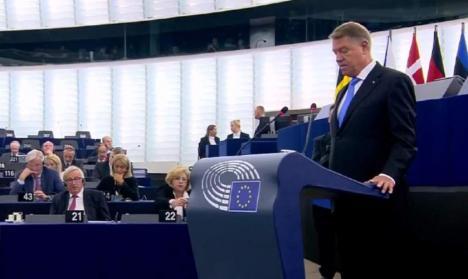 Klaus Iohannis, în Parlamentului European: România crede în democraţia de tip european