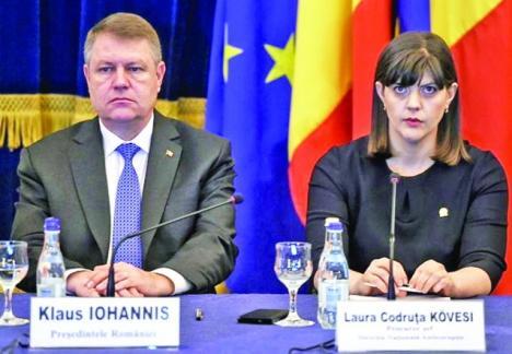 """Iohannis o apără pe Kovesi: """"Nişte penali fac o încercare disperată să atace şi să discrediteze DNA"""""""