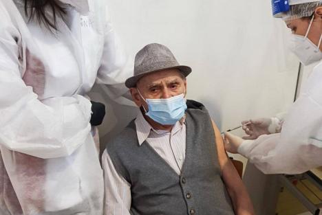 Un clujean în vârstă de 105 ani, veteran de război, s-a vaccinat împotriva Covid-19