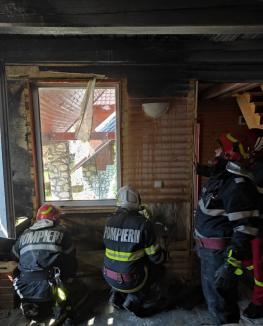 Cabană din Vârtop, salvată de la distrugere de un pompier aflat în timpul liber (FOTO)