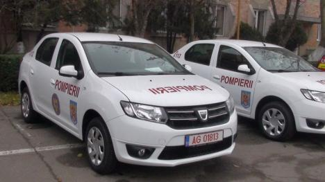 Cadou de an nou: Pompierii bihoreni au primit bărci şi echipamente pentru intervenţii la inundaţii (FOTO)