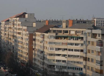 Asociaţiile de proprietari, încurajate de municipalitate să îşi izoleze termic imobilele