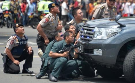 Atac terorist în Indonezia: Cel puţin şase morţi în urma a şapte explozii