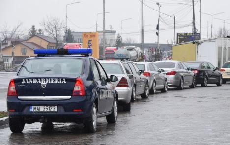 Jandarmeria Bihor: În anul 2020, prin judeţ au trecut peste 700 de convoaie cu români din străinătate