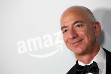 Bill Gates, detronat: Cel mai bogat om din lume este Jeff Bezos