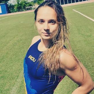 Cea mai bună jucătoare de polo româncă, Johanna Toth, se reîntoarce în ţară! Orădeanca va juca la Rapid Bucureşti