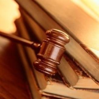 Poliţişti de frontieră trimişi în judecată de DNA pentru corupţie, au fost achitaţi definitiv