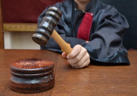 Decizii ale Curţii Constituţionale: Încă două lovituri la temelia Codului de procedură penală
