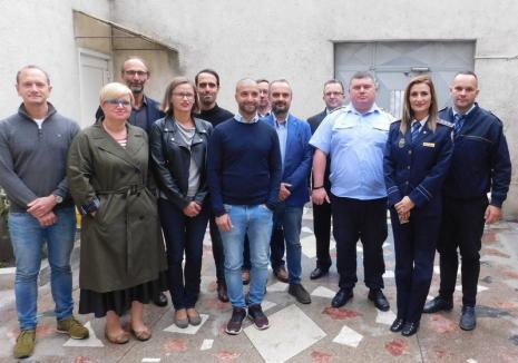 """Justiţia orădeană, """"sub lupă"""": Magistraţi din Franţa, Italia, Germania şi Polonia au urmărit dezbaterile din sălile de judecată şi au făcut o vizită la Penitenciar"""