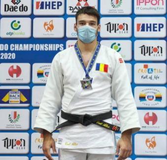 Orădeanul Alex George Creţ a ocupat locul 5 la Campionatul Monidal de judo pentru juniori din Italia
