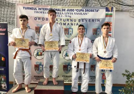 Tinerii judoka orădeni, printre protagoniştii turneului internaţional de la Drobeta Turnu Severin
