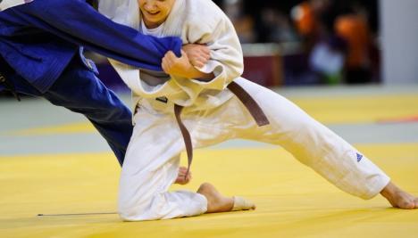 Clasări pe podium pentru sportivele de la CS Crişul la ultimele concursuri naţionale de judo