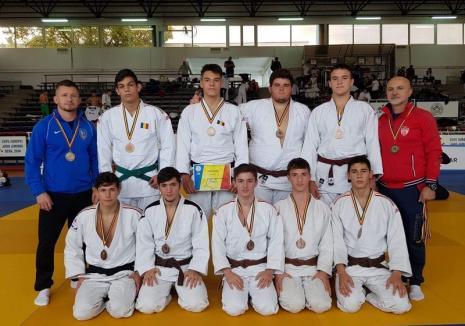 Bronz pentru tinerii judoka orădeni la Finala Campionatului Național pentru echipe de juniori U21 de la Deva