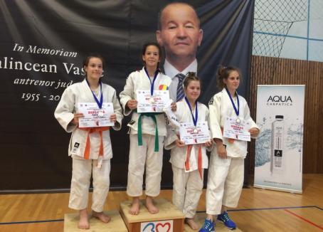 25 de medalii pentru tinerii judoka orădeni la Cupa Nordului de la Baia Mare
