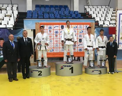 """Două medalii de aur pentru tinerii judoka orădeni la prima ediție a Cupei """"Mării Negre"""""""