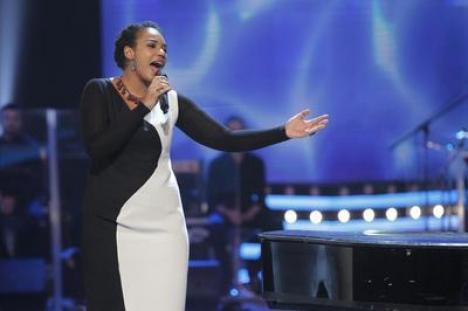 Julie Mayaya a câştigat Vocea României
