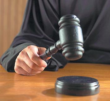Judecătorii să dea seama!