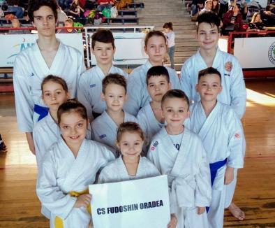 Opt clasări pe podium pentru orădenii de la CS Fudoshin la CN de Karate Tradiţional - Fudokan, Zona Ardeal