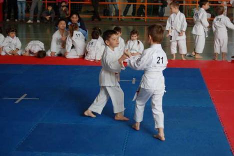 Cupa ISROM la karate tradiţional a rămas la Oradea