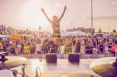 Oradea în Cartea Recordurilor: Orădenii sunt chemaţi să sară la cea mai mare oră de Kangoo Jumps (FOTO)